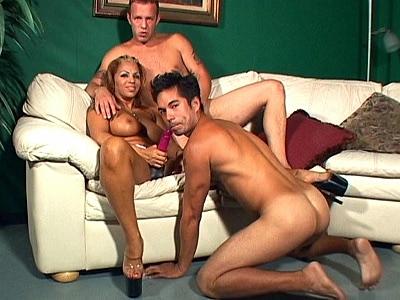 Hardcore Bi Threesomes